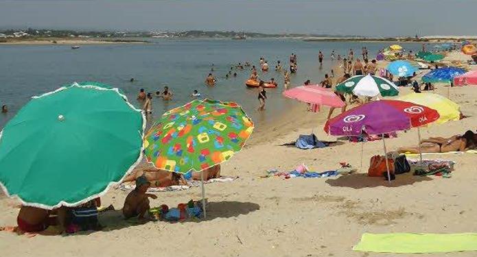 http://centrealgarve.org/wp-content/uploads/2014/10/Calm-Beach.jpg